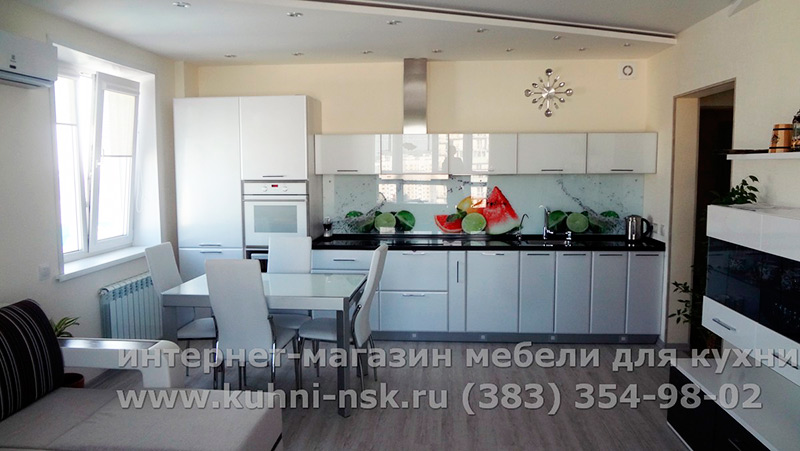 Белая кухня в интерьере - фото из портфолио КУХНИ-НСК