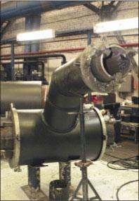 Рис. 4. Узел врезки разводящих (внутриквартальных) теплопроводов также выполняется в ППУ изоляции и ПЭ оболочке и снабжается системой ОДК