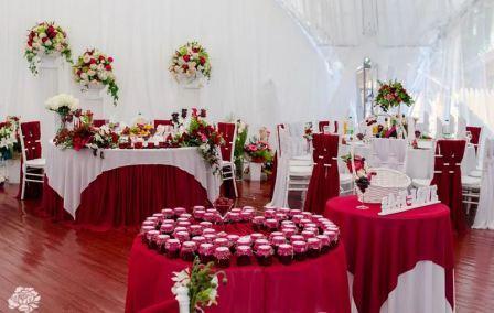 Как организовать ягодную свадьбу