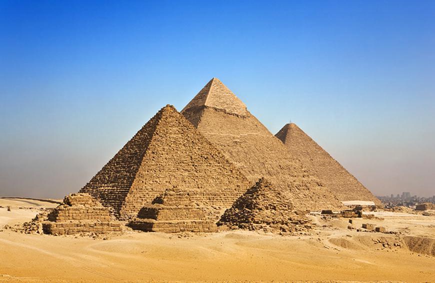 Великая Пирамида в Гизе (Египет)