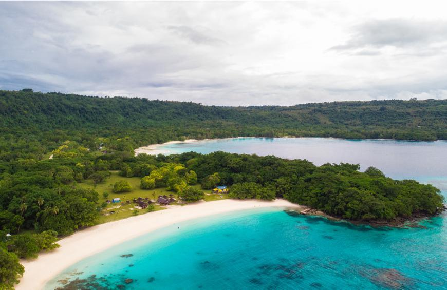 Пляж Шампань (Эспириту-Санто, Вануату)