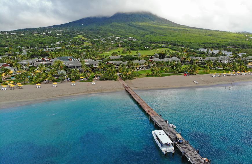 Пляж Пинни (Невис, Сент-Китс и Невис)